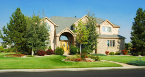 Lawn Mowing Services – Things You Should Know to Help You Choose the Right Lawn Mowing Contractor